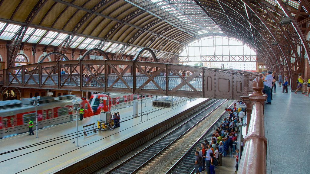 Itajai featuring railway items, interior views and a bridge