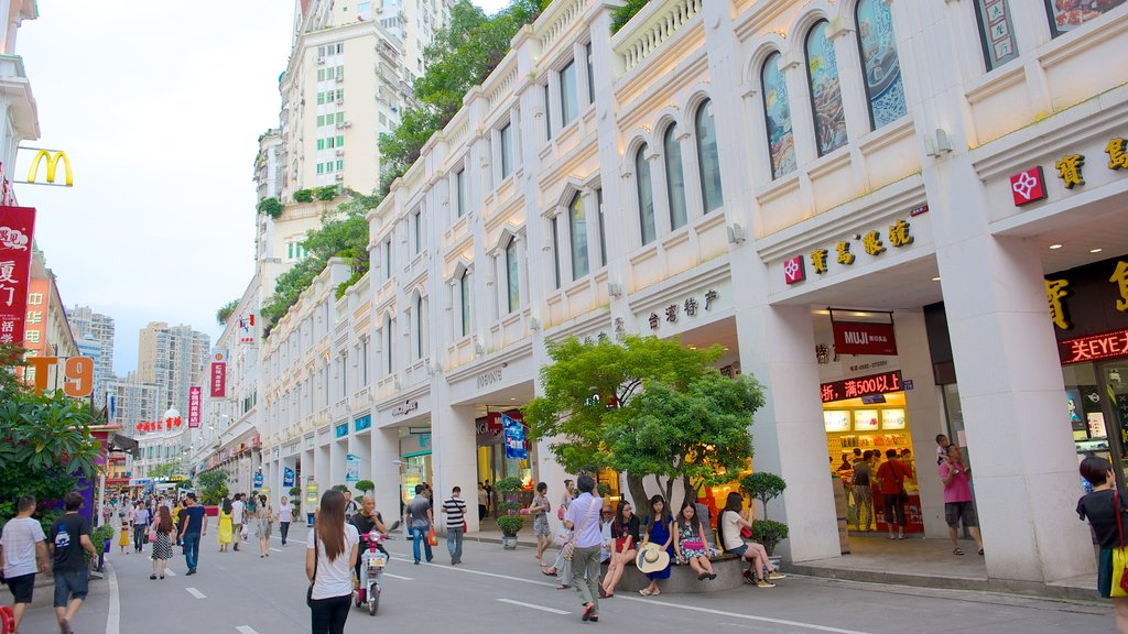 Xiamen showing street scenes, shopping and a city