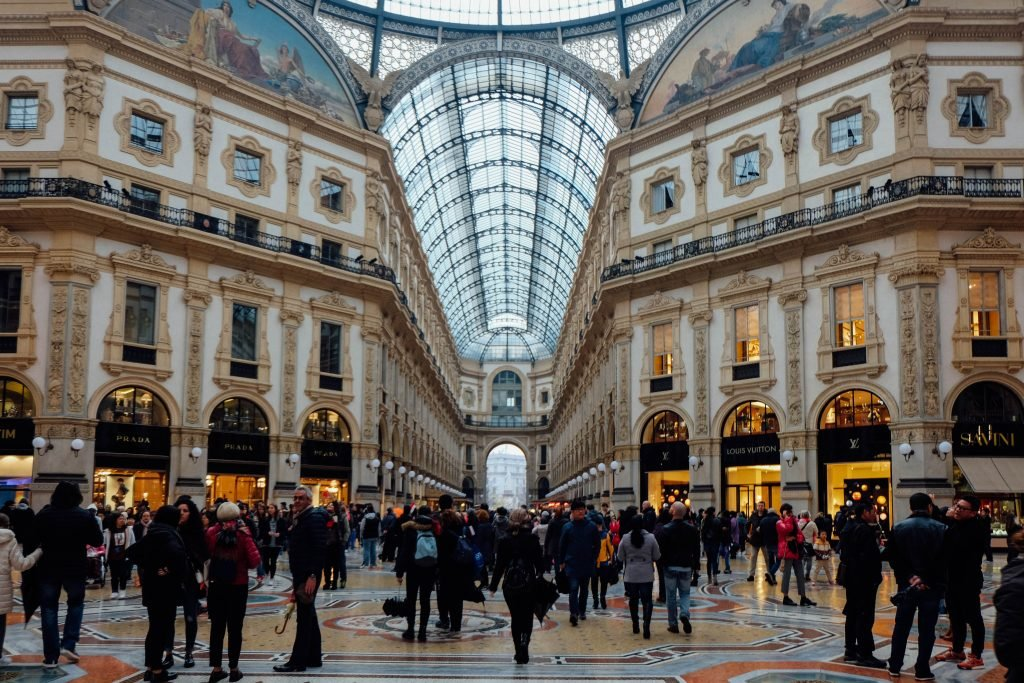 milan_shopping-galleria-view
