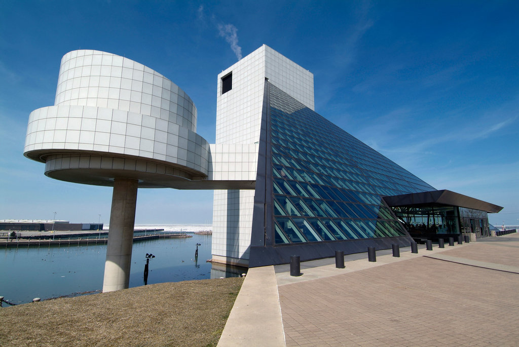 A59W30 Rock and Roll Hall of Fame Downtown Cleveland Ohio sightseeing landmarks and tourist attractions