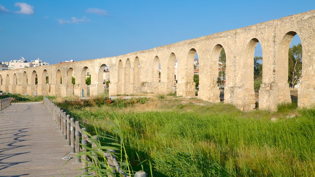 Larnaca featuring heritage architecture and a ruin