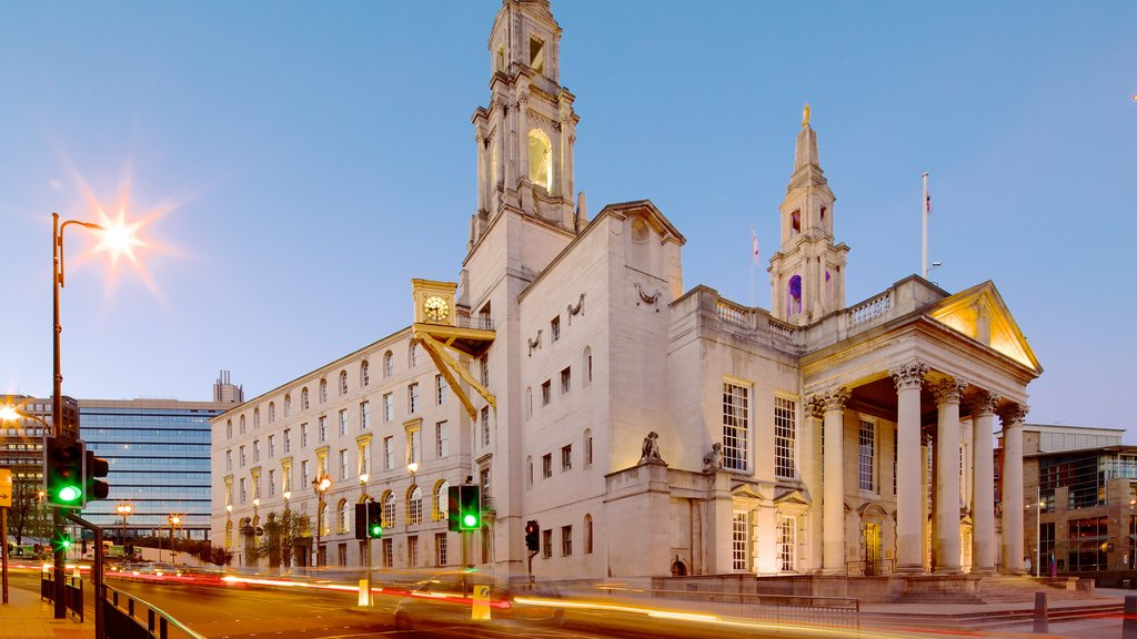 Millennium Square featuring heritage architecture and street scenes
