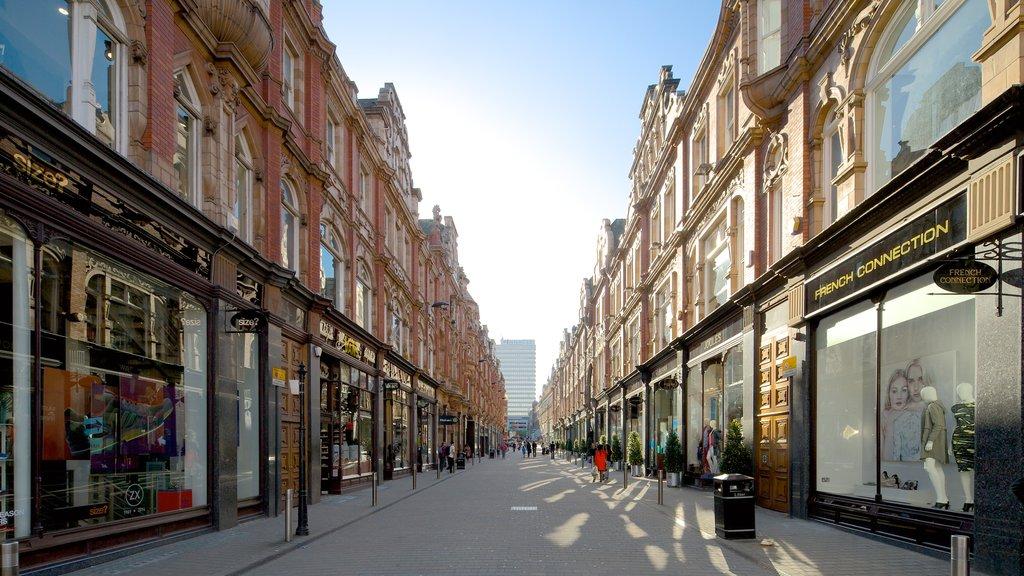 Victoria Quarter featuring street scenes and heritage architecture
