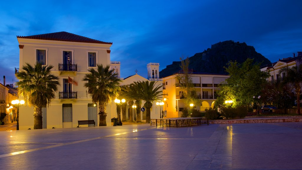 Nafplio showing night scenes and a square or plaza