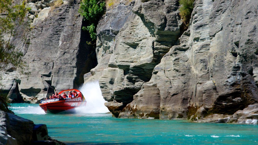 South Island featuring boating, a river or creek and a gorge or canyon