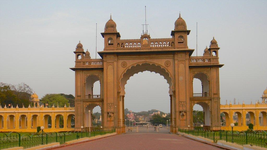 Mysore featuring heritage architecture