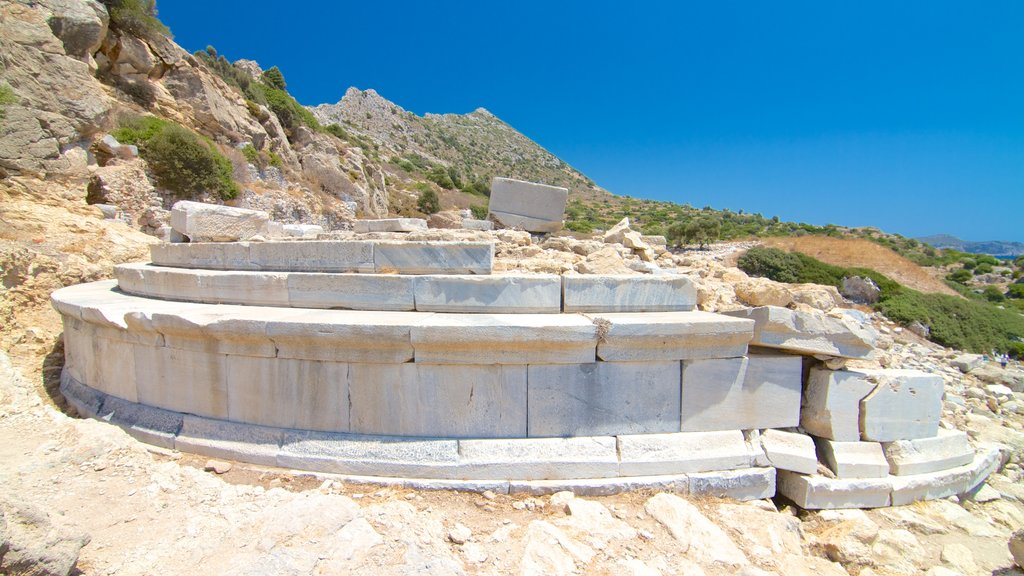 Knidos featuring building ruins