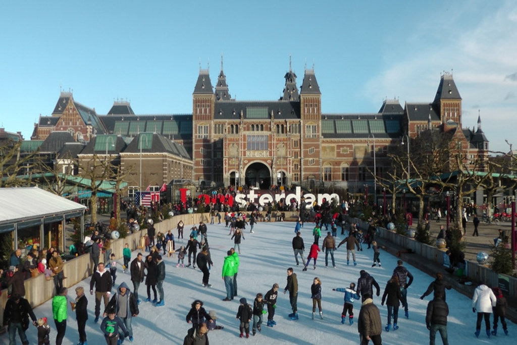 Ice skating at the Rijksmuseum