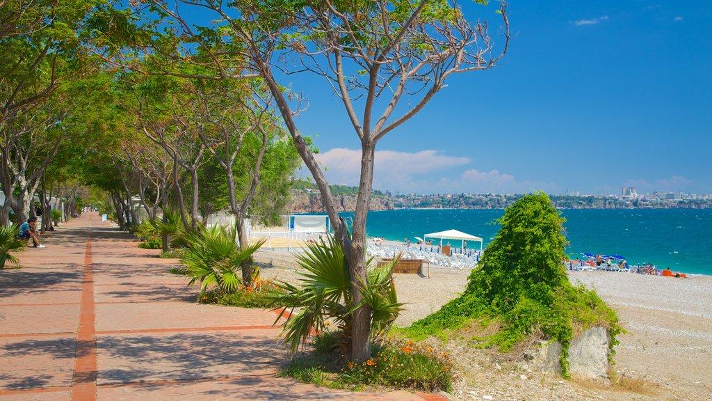Konyaalti Beach Park which includes a beach