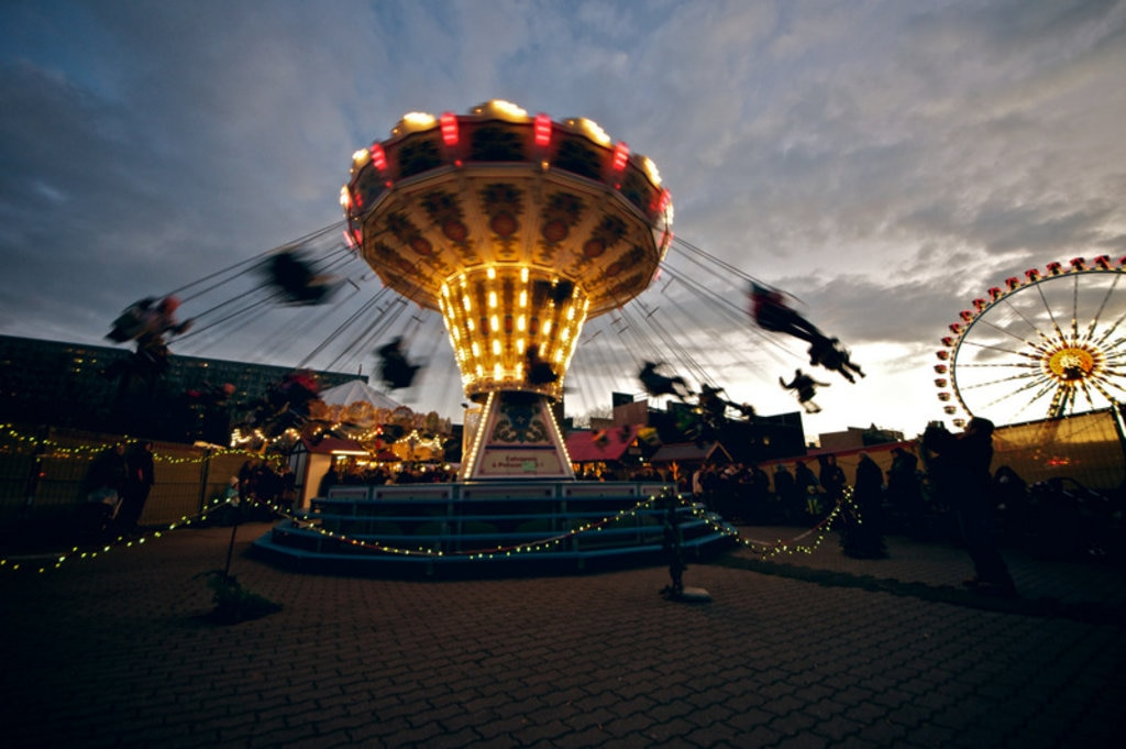 A glimpse of the fun fair festivities at Alexanderplatz Christmas market. Image by Robert Agthe via CC BY 2.0 licence.
