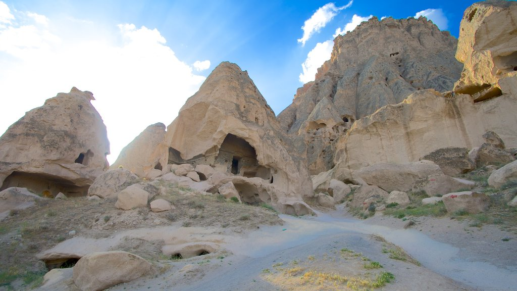 Selime Monastery featuring tranquil scenes and mountains