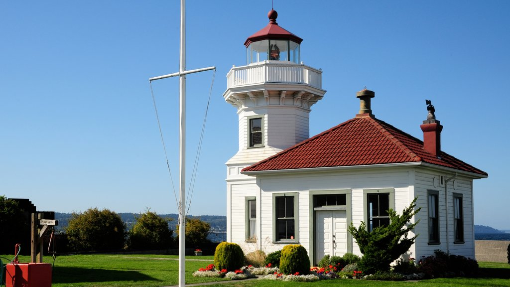 Mukilteo featuring a house