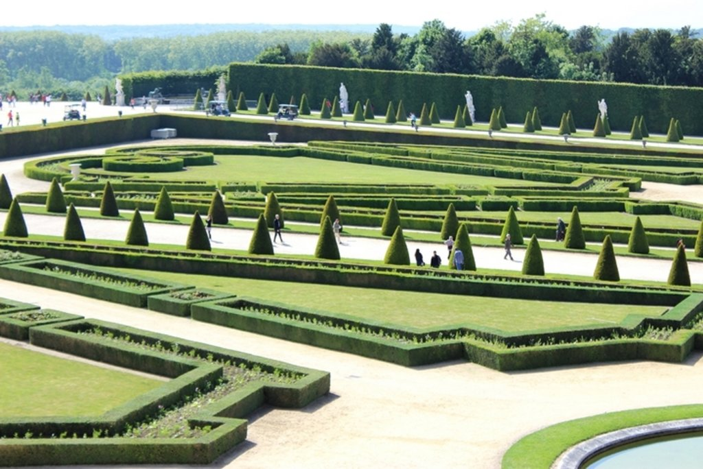 Versailles 2 - Bryan Pirolli - 720