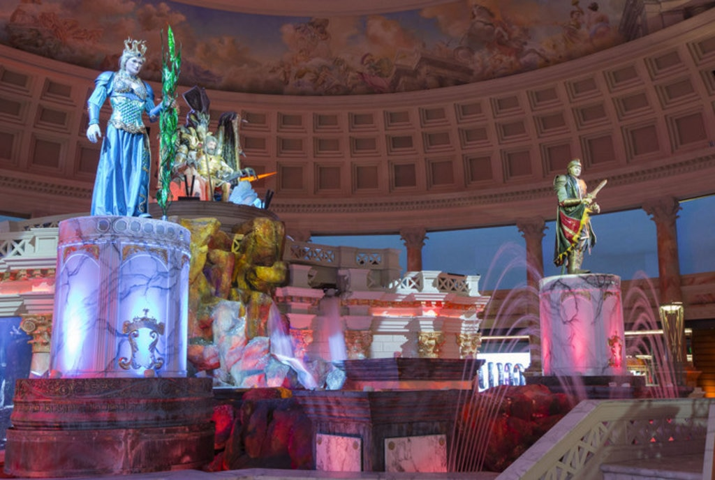 Talking statues at the Fall of AtlantisCredit: Forum Shops at Ceasars