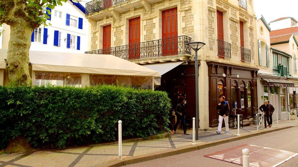 Biarritz featuring street scenes