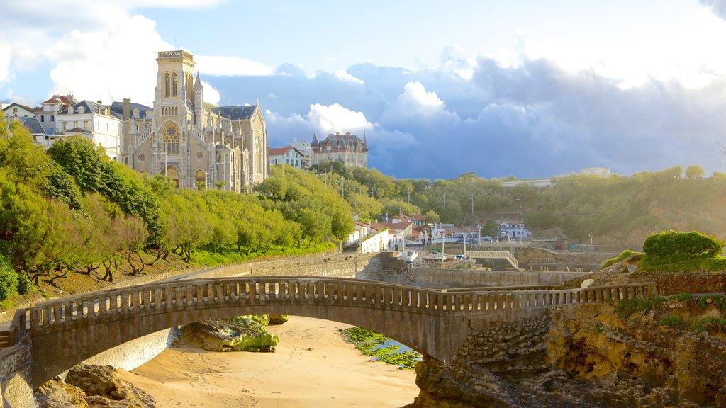Biarritz which includes a bridge