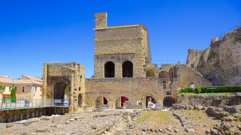 Orange which includes heritage architecture and a ruin