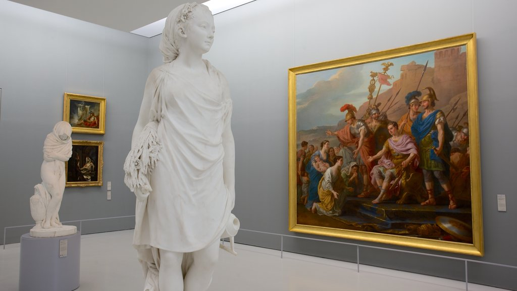 Fabre Museum featuring a statue or sculpture, interior views and art