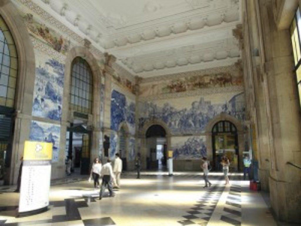 Sao Bento Station Porto