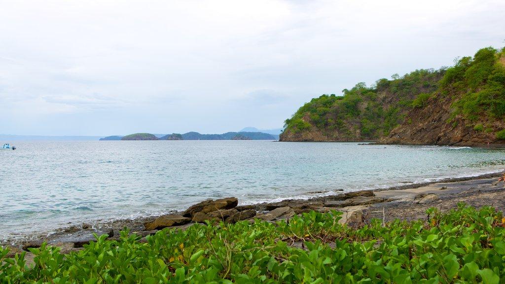 El Ocotal ofreciendo vistas de paisajes y costa escarpada