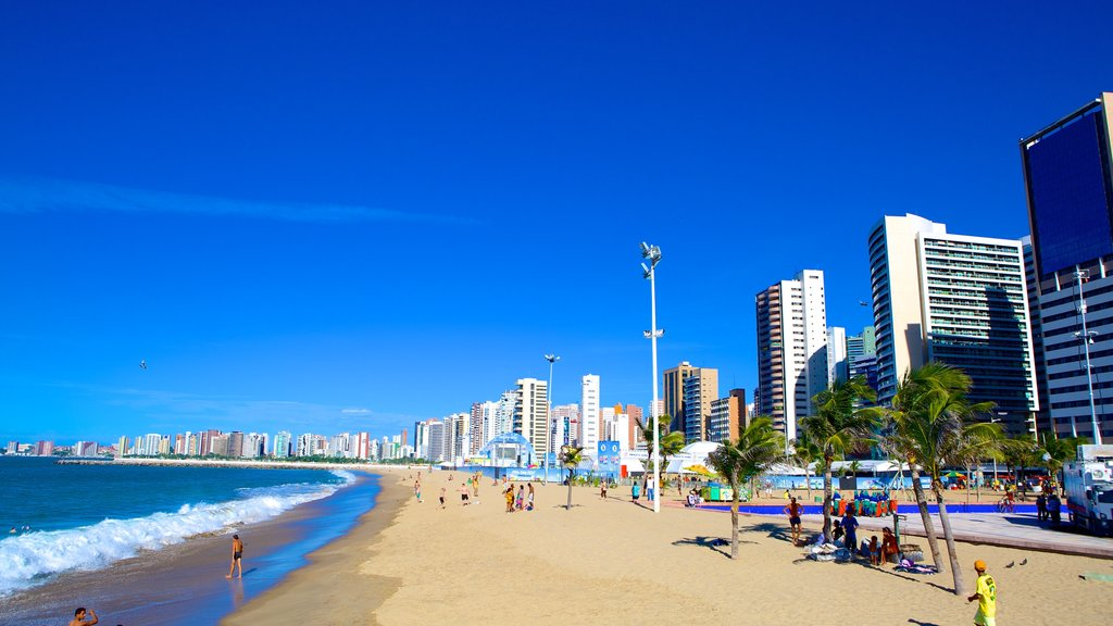 Fortaleza showing city views and a sandy beach
