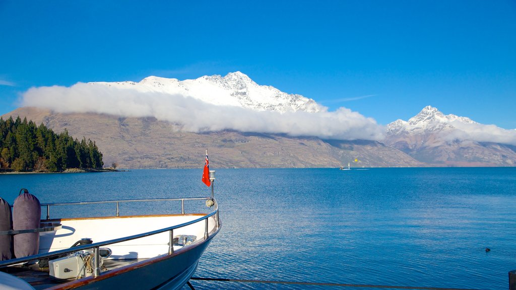 Queenstown which includes snow, a lake or waterhole and boating