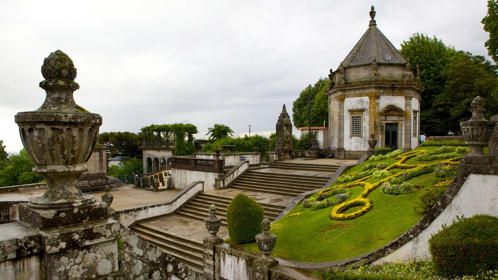 Bom Jesus do Monte which includes mist or fog, a garden and heritage elements