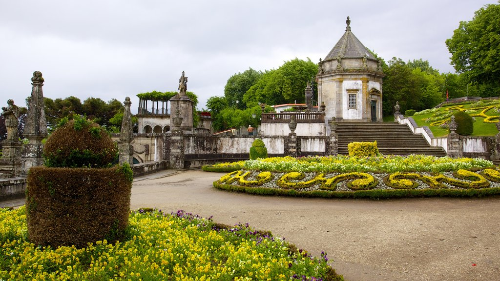 Bom Jesus do Monte which includes a garden and a church or cathedral