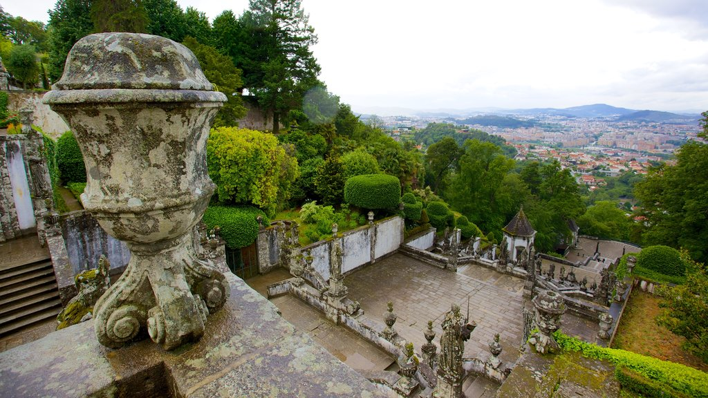 Bom Jesus do Monte featuring heritage architecture and heritage elements