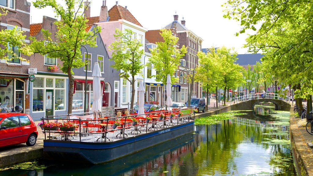 Delft featuring street scenes and a river or creek