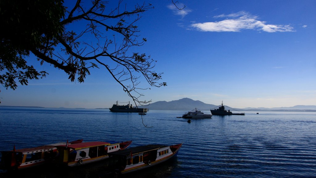 Manado which includes general coastal views and boating