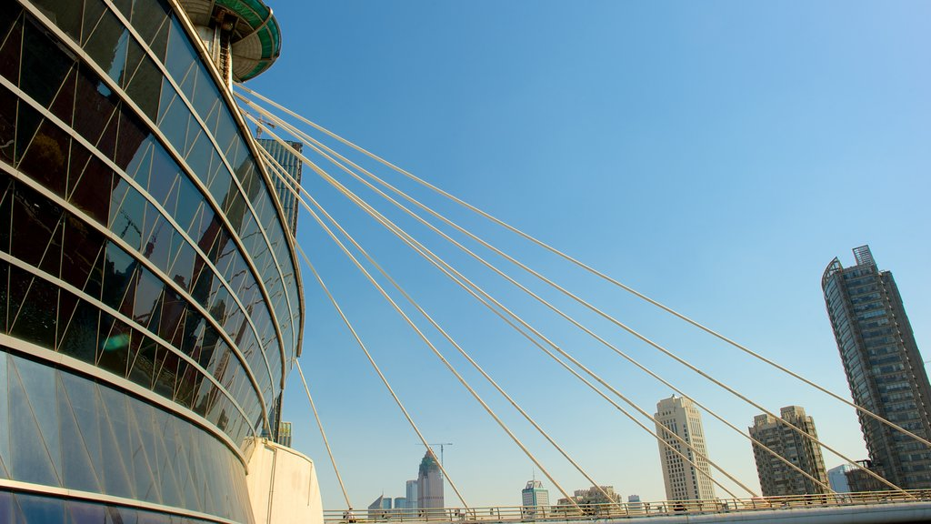 Tianjin which includes modern architecture