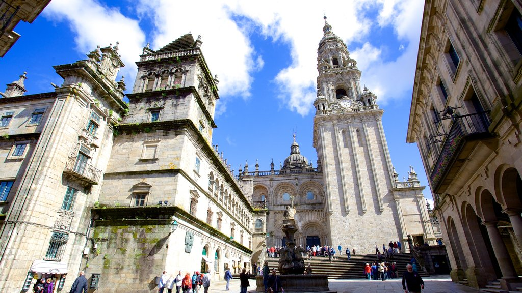 Santiago de Compostela Cathedral featuring a church or cathedral, religious elements and heritage elements