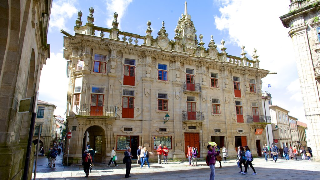 Santiago de Compostela Cathedral featuring a square or plaza, heritage elements and street scenes