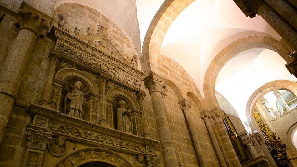 Santiago de Compostela Cathedral which includes religious elements, interior views and a church or cathedral