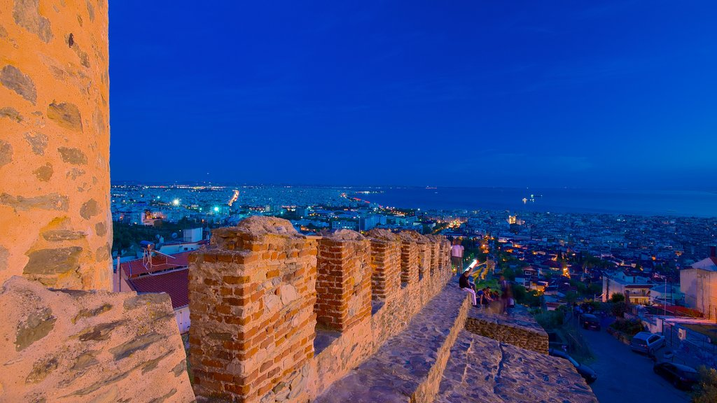 Byzantine Walls showing a castle, a city and night scenes