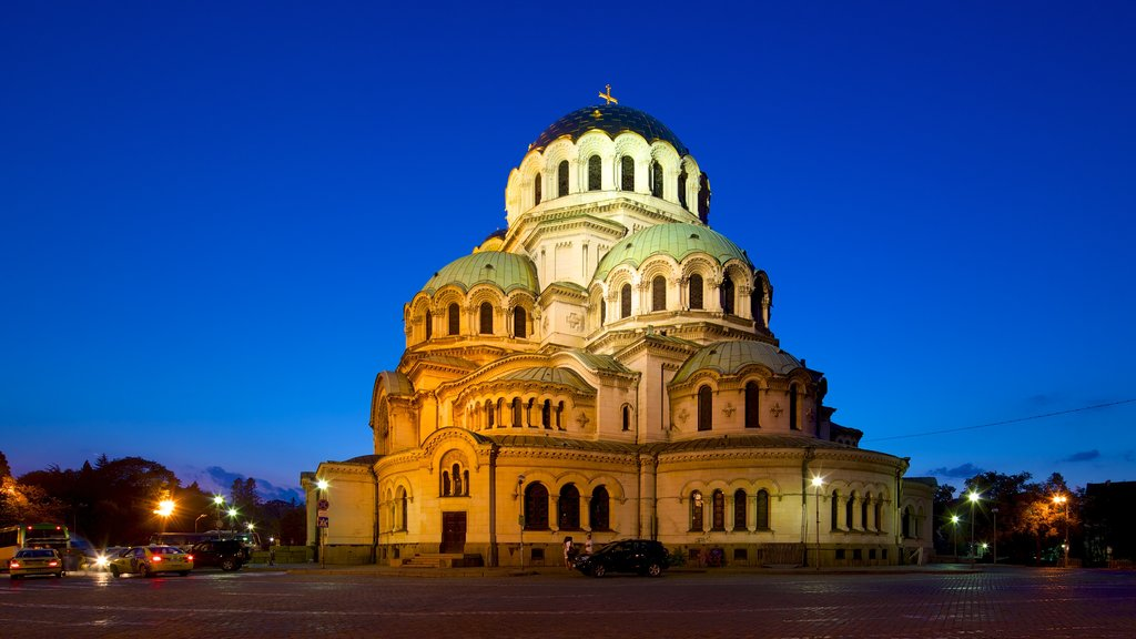 Alexander Nevski Cathedral which includes religious aspects, a church or cathedral and night scenes