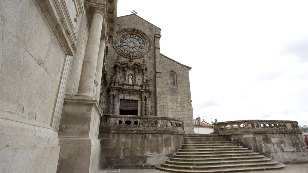 Church of Sao Francisco showing religious elements, a church or cathedral and heritage architecture