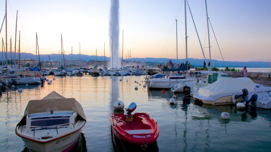 Jet d\'Eau Fountain which includes a fountain, boating and a marina