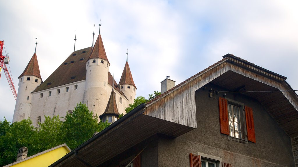 Thun Castle featuring heritage architecture and chateau or palace