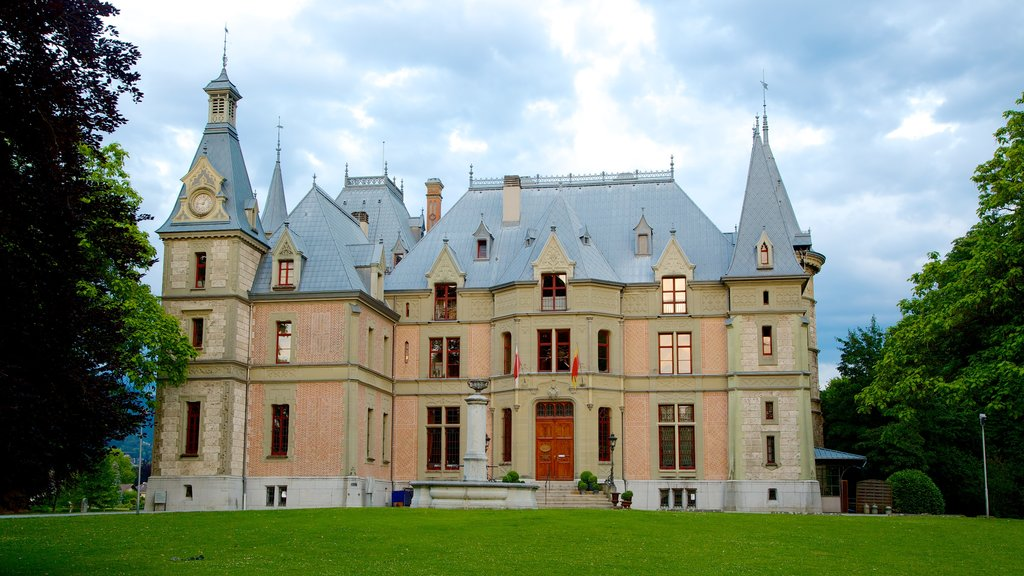 Schadaupark featuring heritage architecture and chateau or palace