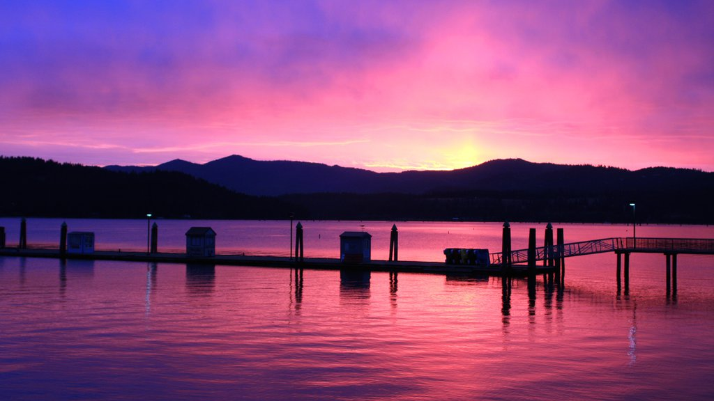 Coeur d\'Alene showing a lake or waterhole and a sunset