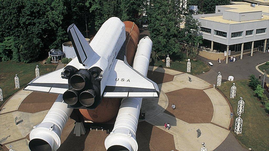 Huntsville showing aircraft