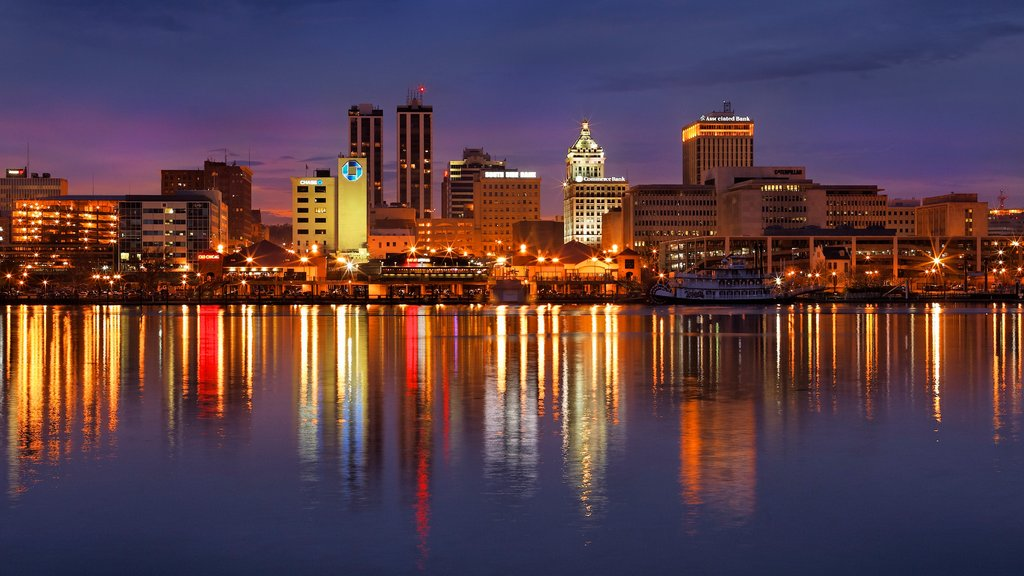 Peoria featuring a city, skyline and a lake or waterhole