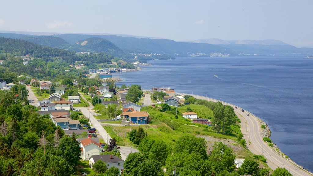 Corner Brook showing a coastal town and general coastal views