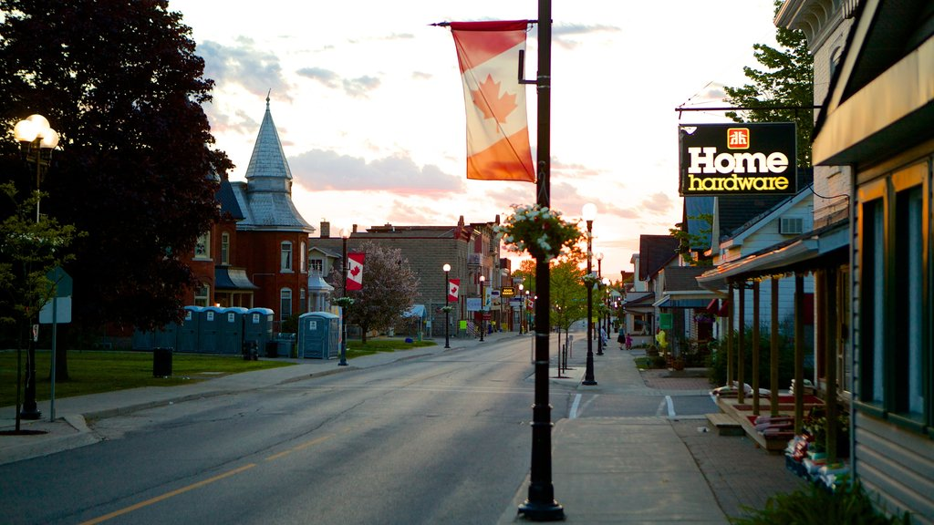 Kemptville featuring street scenes, a sunset and a small town or village