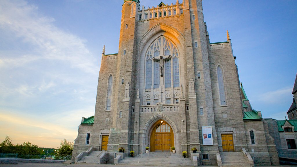 Sherbrooke which includes a church or cathedral, heritage architecture and religious aspects