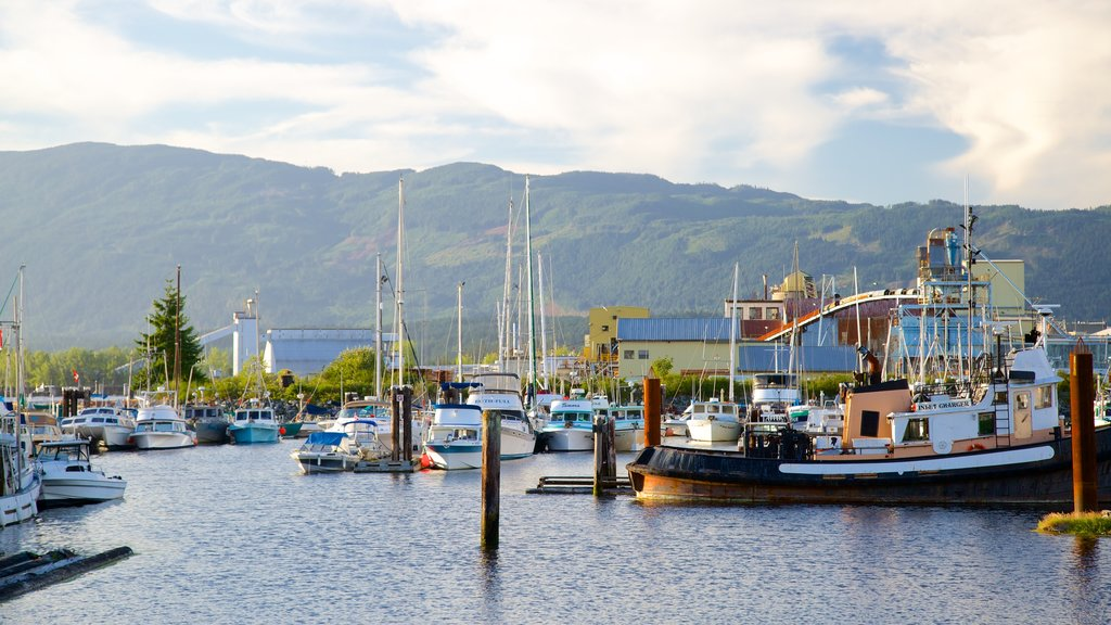 Port Alberni featuring a marina