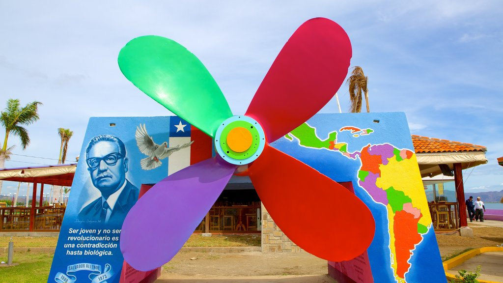 Managua which includes art and outdoor art