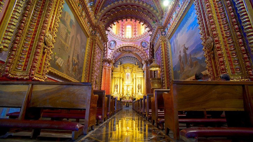 Morelia featuring interior views, religious aspects and a church or cathedral